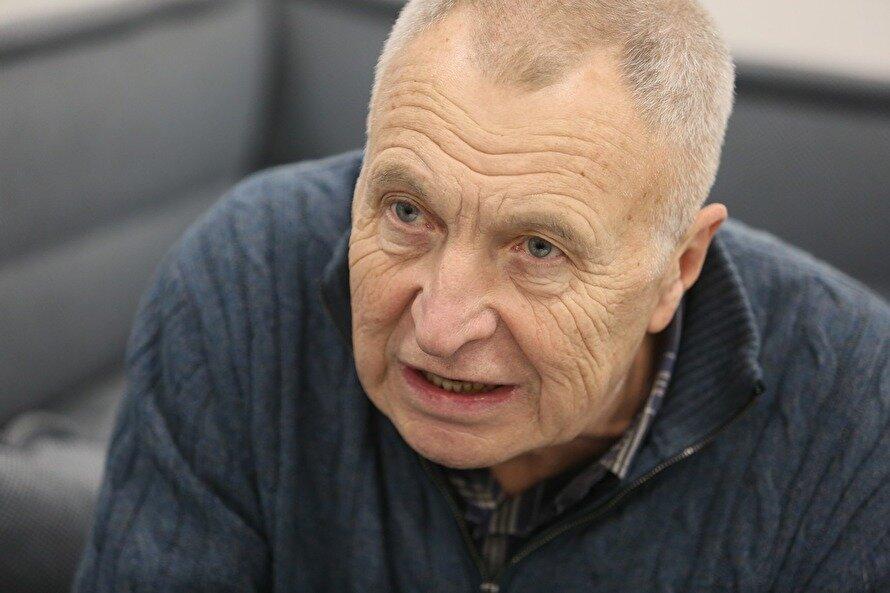 Народный артист Андрей Смирнов призвал убрать