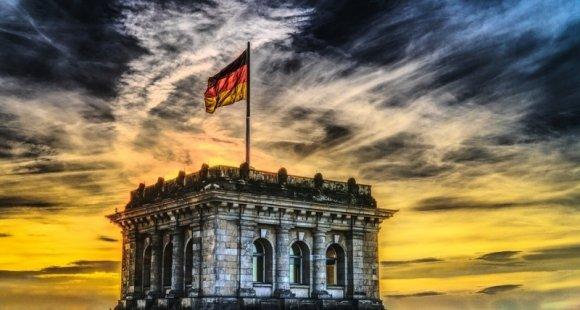 «Мне обидно, что моя страна причастна к этому»: немецкая певица обвинила Берлин в проблемах Донбасса