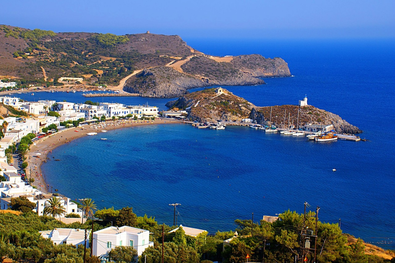 http://www.discovergreece.com/~/media/images/highlight-large-images/az/c/cythera/kapsali-and-the-twin-bays-at-kythira.ashx