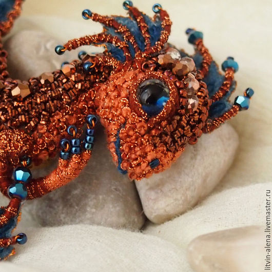 "Brooches handmade. Order Brooch dragon ""Maya"". Brooch beads. Embroidered dragon. Copper dragon. master Alena Litvin. Livemaster."