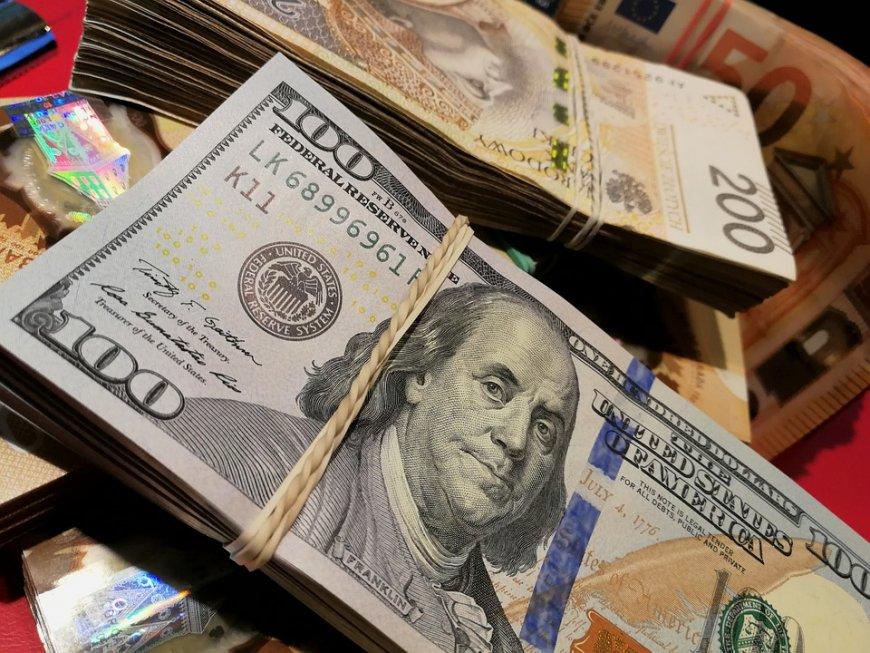 Крах рынков и рост доллара - США на краю экономической бездны