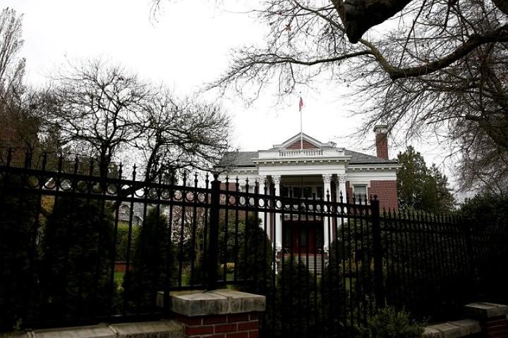 Резиденция генконсула России в Сиэтле закрылась