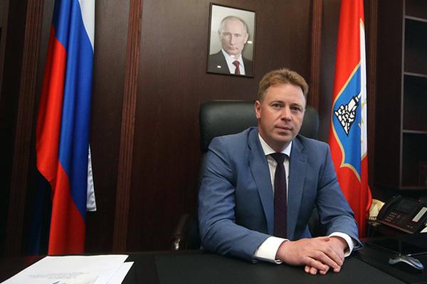 Губернатор Севастополя по-до…