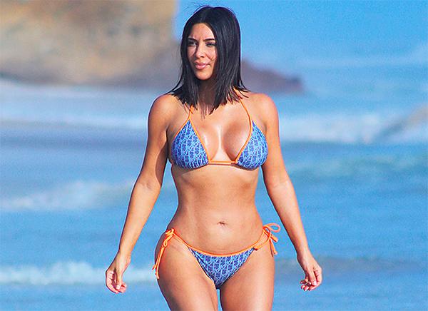 Ким Кардашьян выпустит духи в форме своего тела
