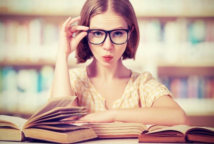 Начать стоит с очков для чтения.