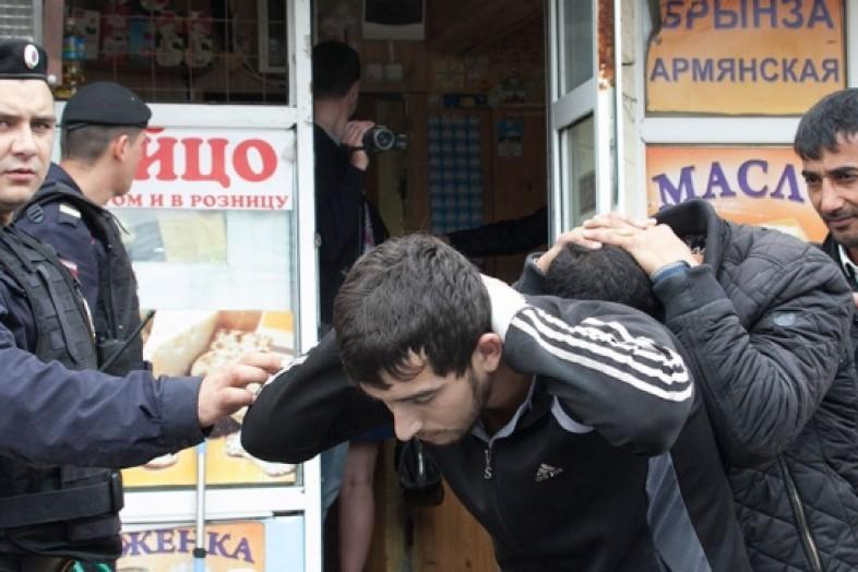 В России хотят прекратить депортацию незаконных мигрантов