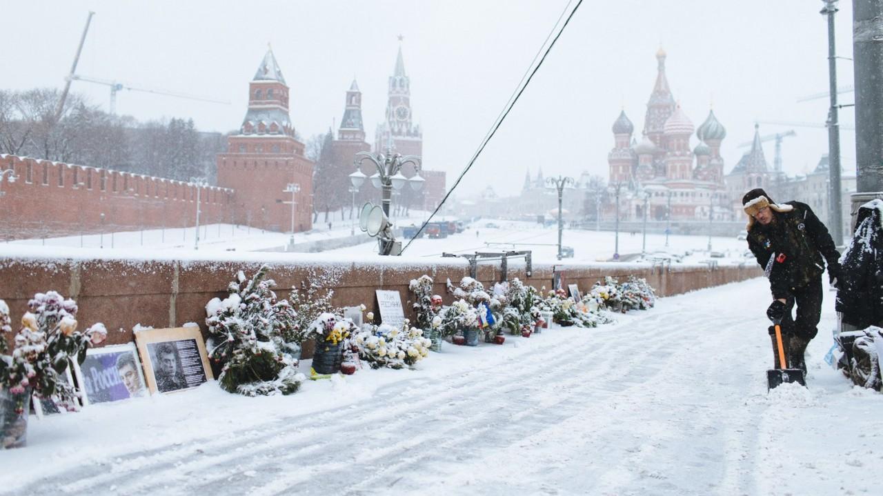 В моем городе благодаря Собянину -вновь белый снег