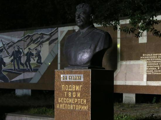 Хождение по трупам: почему русские любят садиста Сталина