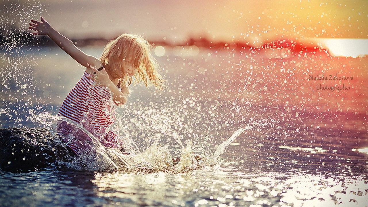 А жизнь действительно прекрасна и бесценна...