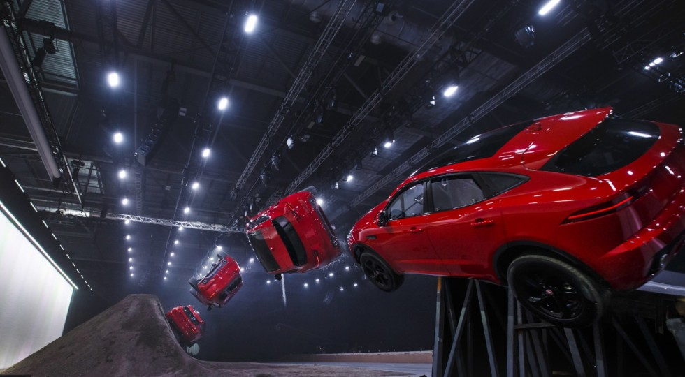 Jaguar E-Pace попал в Книгу рекордов Гиннеса