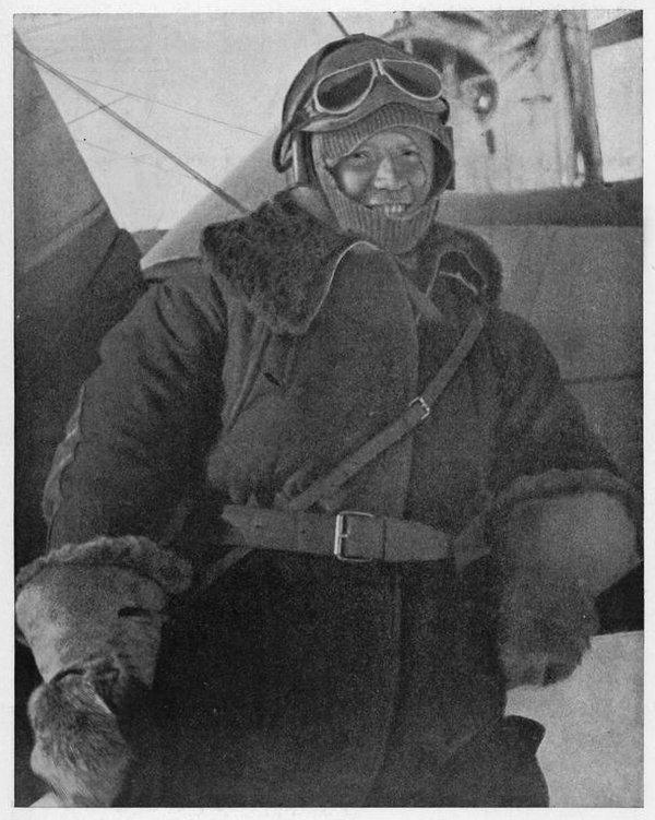 """Первыми героями СССР стали летчики, спасавшие экипаж """"Челюскина"""""""