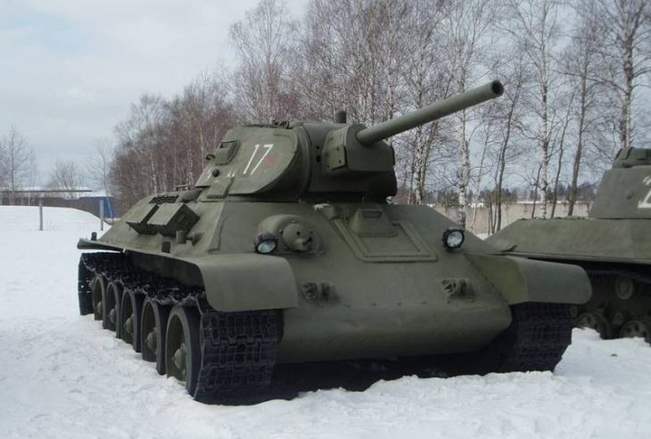 В США сравнили легендарные танки «Шерман» и Т-34