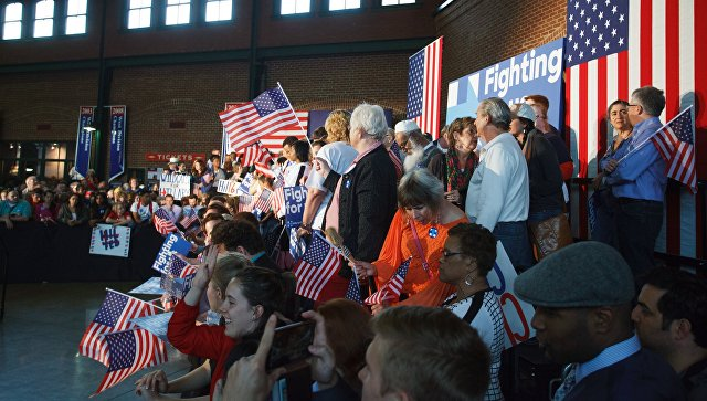 Демократы подали иск против Трампа и России