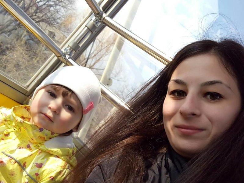 Молодая мама из Ульяновска спасла замерзающую полуторагодовалую девочку