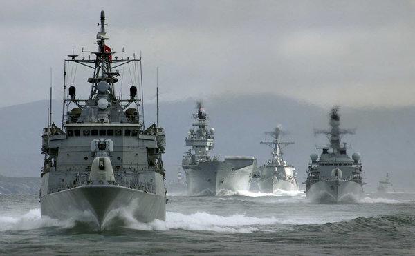 В России отреагировали на появление экадры НАТО в Черном море
