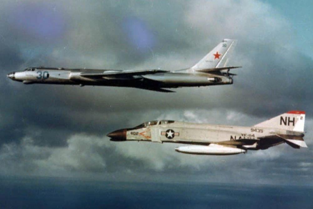 На острие холодной войны: летчик рассказал о разведке на Ту-16Р