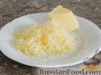 Фото приготовления рецепта: Салат с кальмарами и шампиньонами - шаг №8