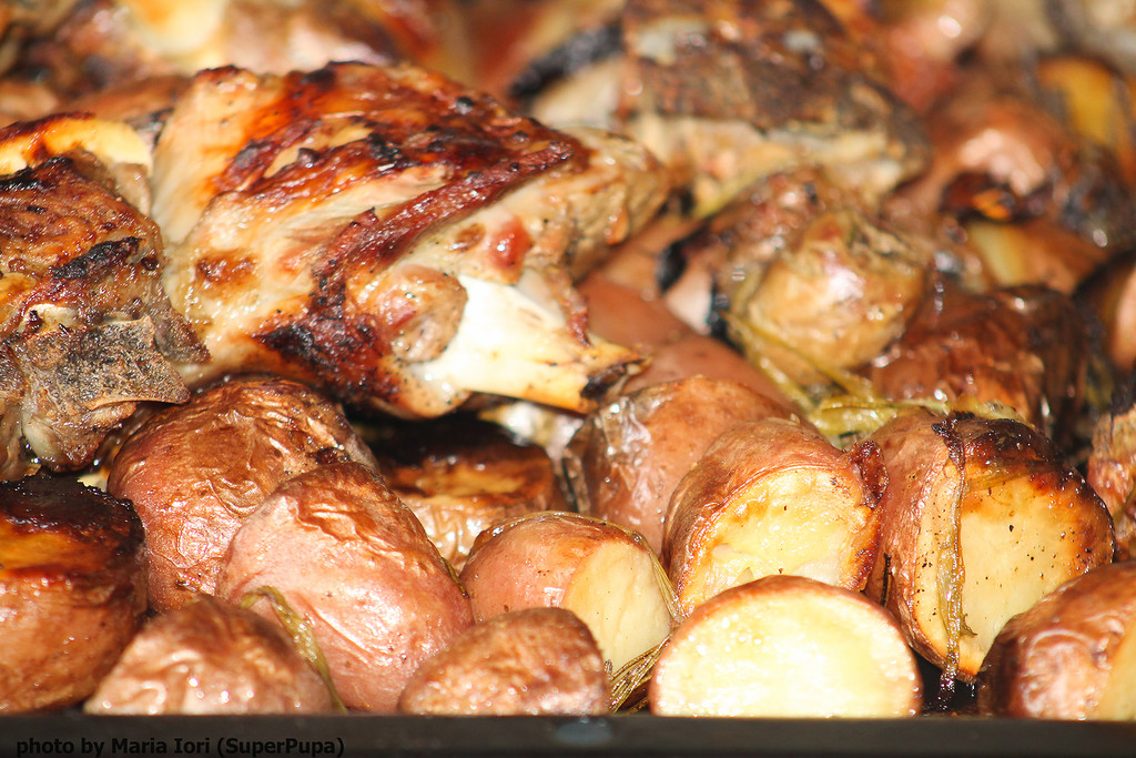 Ягнёнок с картошкой на Пасху