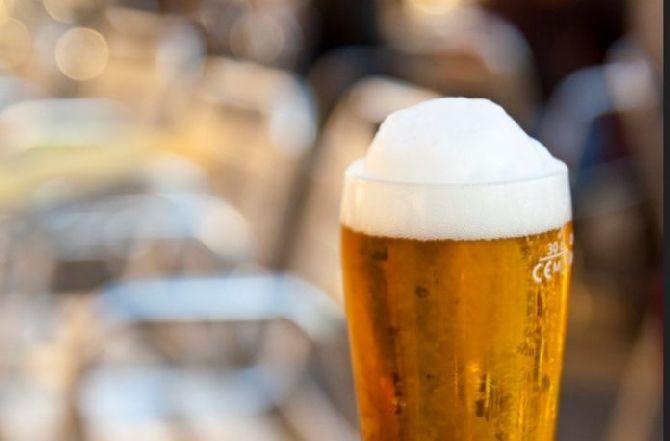 Хорошая новость для любителей пива - ученые обнаружили 7 полезных для здоровья свойств пива