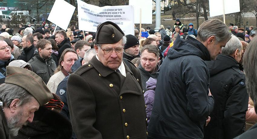 Латвия отказалась чтить памя…