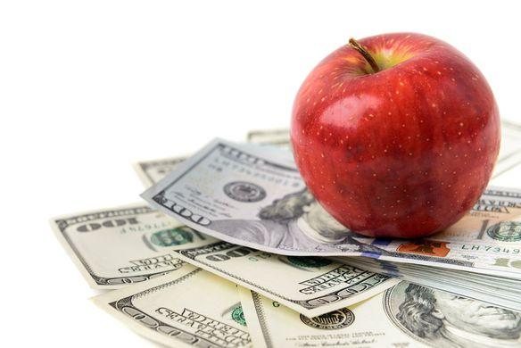 В Колорадо женщину оштрафовали на $500 за яблоко