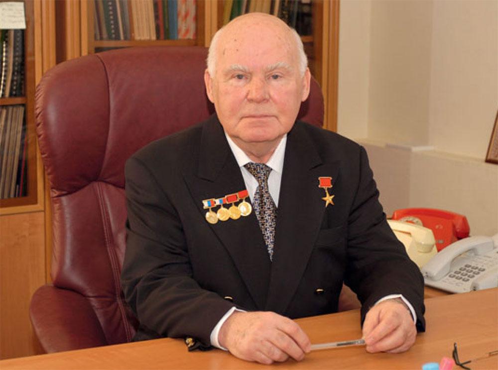 Леонид Ильин: «Я за умных политиков»