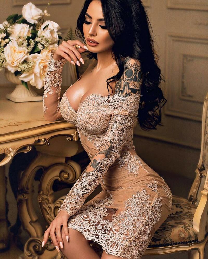 Тот момент когда татуировку замечаешь в последнюю очередь девушки, красота, тату
