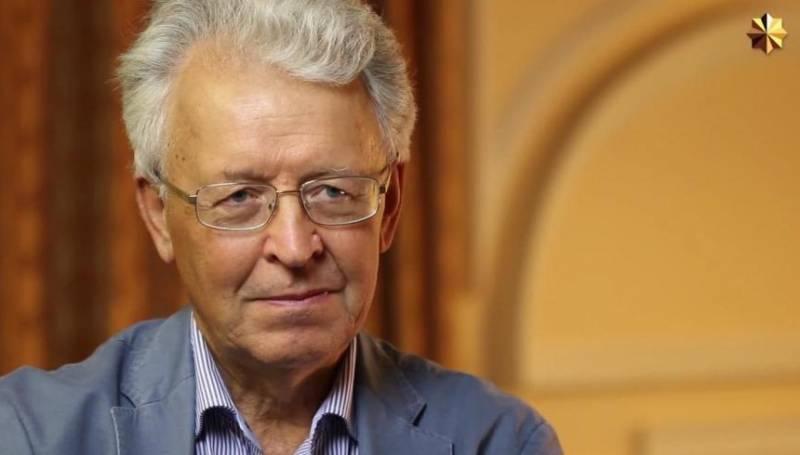 Валентин Катасонов. Мародёры в проходном дворе