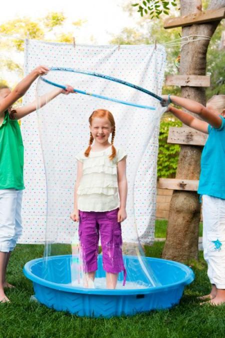 Гигантские мыльные пузыри для детского праздника