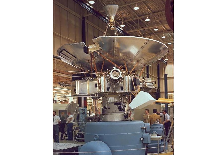 Аномалия «Пионеров»: первая загадка дальнего космоса