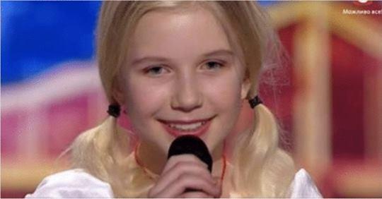 11-летняя девочка обладает уникальной техникой пения. Все слушатели затаили дыхание, когда услышали ее