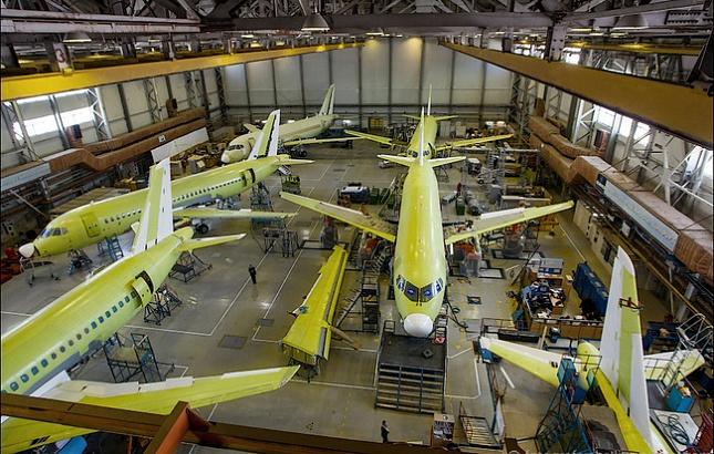 ОАК прогнозирует устойчивый рост поставок самолетов с 2017 года