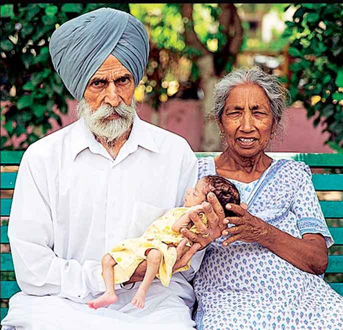 72-летняя индианка стала самой старой матерью в мире