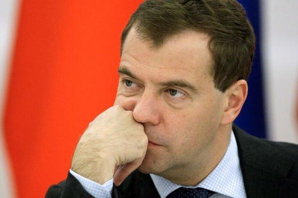 Медведев утвердил повышении тарифов ЖКХ в 2019-м году в два этапа