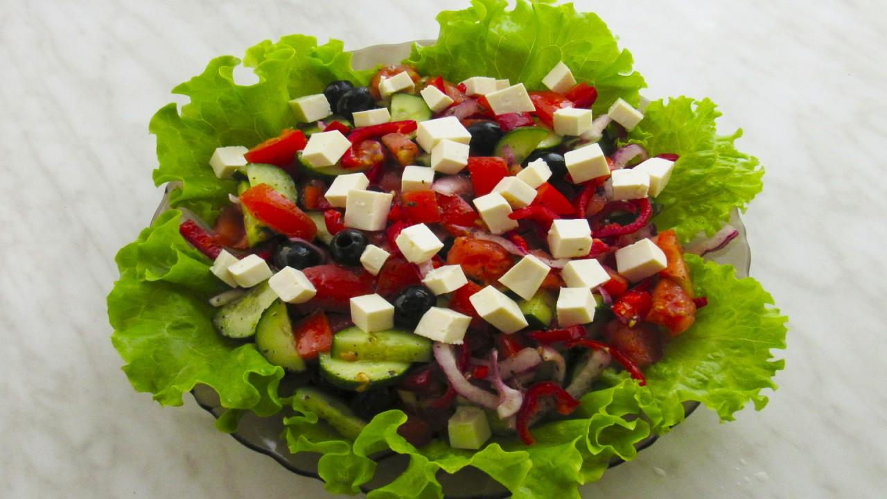 Греческий салат: необыкновенно вкусный и легкий рецепт
