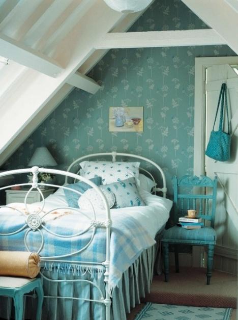 Такая разная мансарда — подборка уютных интерьеров комнат под крышей