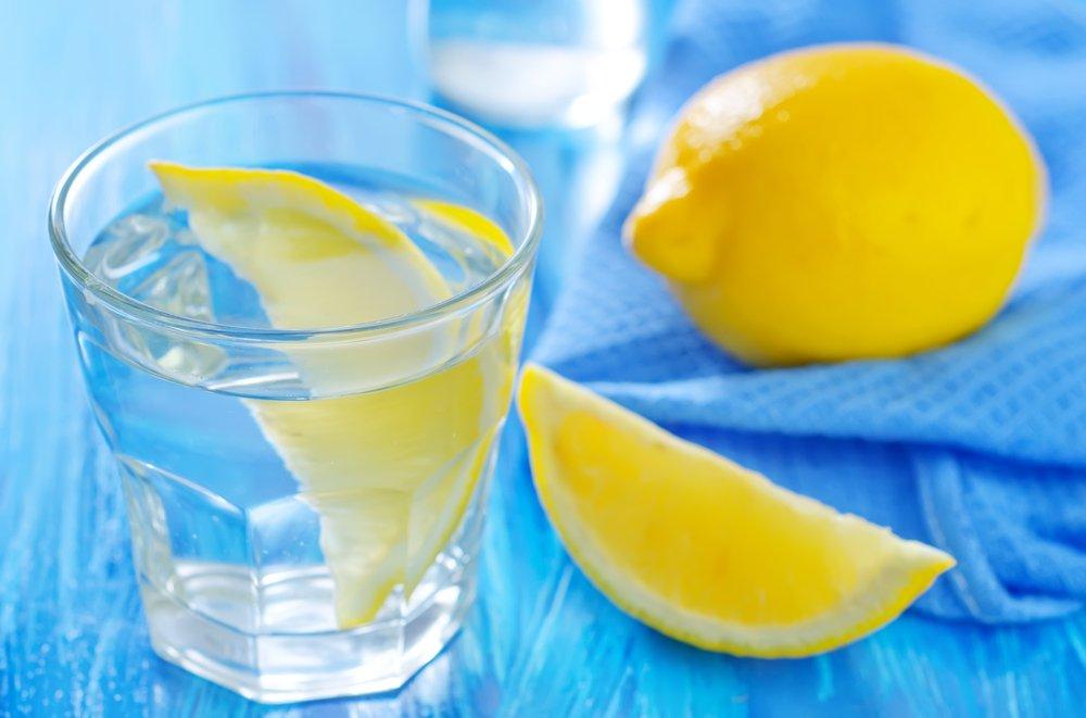 Эти тонкости нужно знать до того, как начать пить воду с лимоном