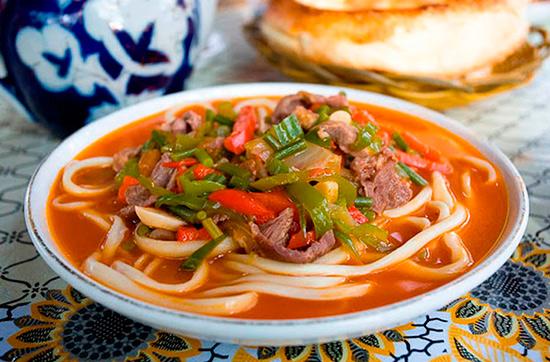 Лагман: идеальный суп, который даст сытость