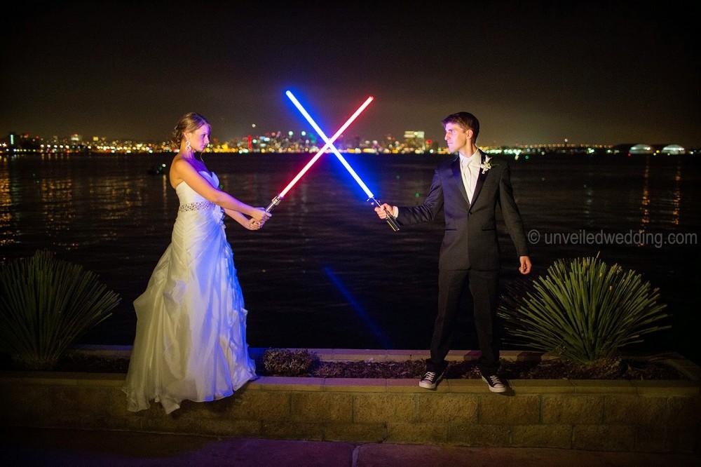 На светлой стороне: как прошла свадьба в стиле «Звездных войн»