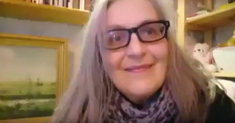 Я не бот, я бабушка ! Из Финляндии fake news, great britain, охота на ведьм