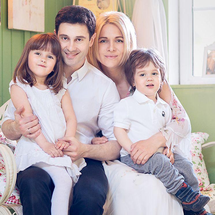 Располневшей после родов жене Антон Макарский сказал слова, которые все мужчины должны говорить своим женщинам