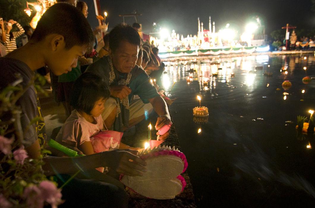 Праздник Лойкратхонг в Таиланде
