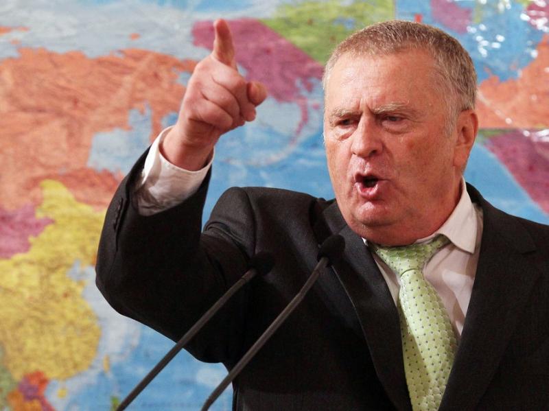 Лидер ЛДПР: Прилепин защищает русских, он - герой