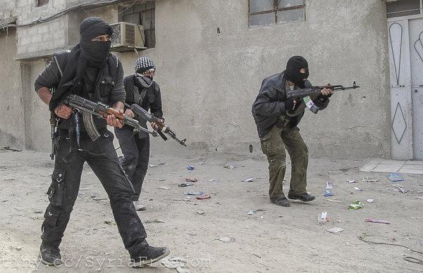 Повстанцы отказались покинуть Восточный Каламун, САА начали полномасштабное наступление