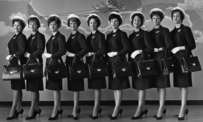Одинокие кокетки: какими были стюардессы 60-х