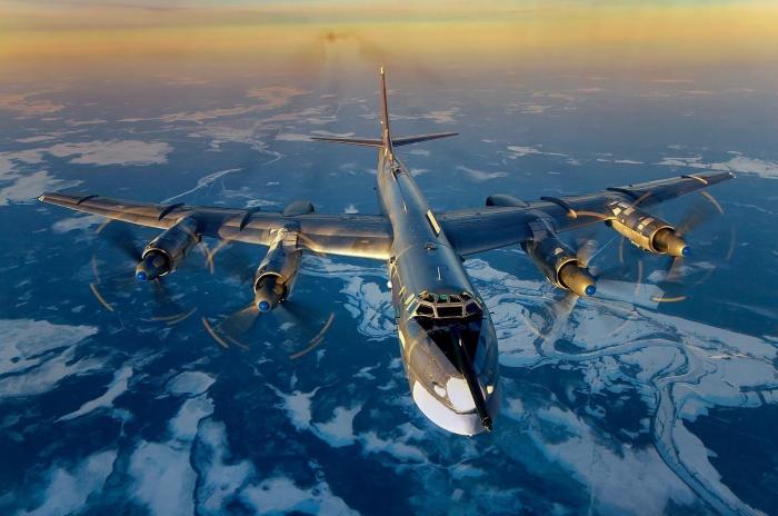 """Запад понимает, что Ту-95 – это """"реальная боевая эффективность"""""""