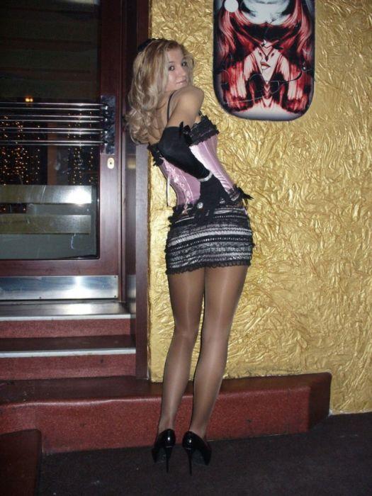 частное фото женщин в юбках