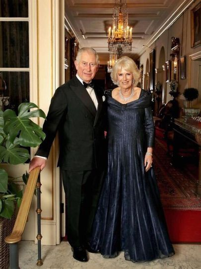 Кейт и Меган блистали, а Елизавета II произнесла тост на юбилее принца Чарльза
