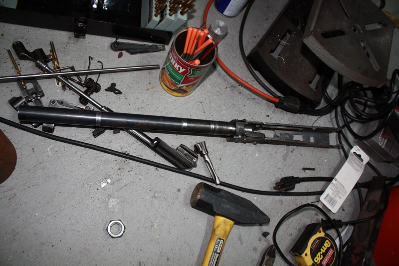 Как сделать АК-47 из садовой лопаты