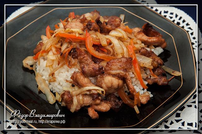 Свинина с капустой. Паназиатская кухня